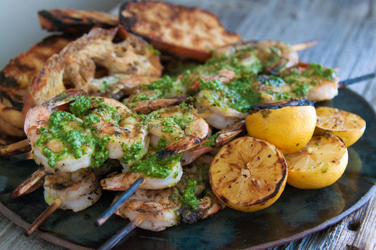 27 reasons Italian food is the worst - pesto grilled shrimp