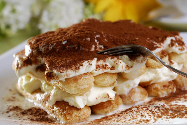 27 reasons Italian food is the worst - tiramisu